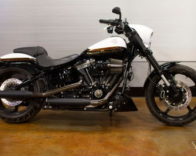 Pre-Owned 2017 Harley-Davidson CVO Pro Street Breakout FXSE