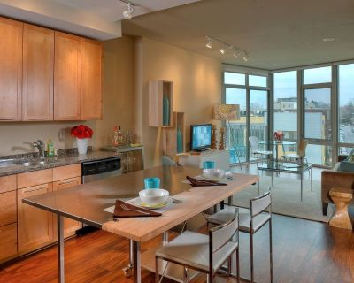 View 14 #One Bedroom Den A2AD-1: Washington DC ...