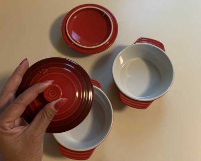 PC ceramic cookware - Never used - both for $10
