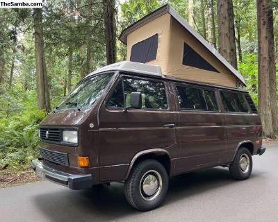 1986 VW vanagon Weekender pop top camper van!