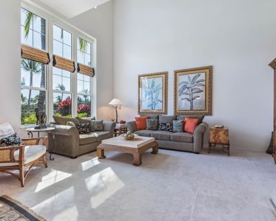 Beautiful Townhouse by the Ocean w/ Golf Course View, Shared Pool & Hot Tub - Puako