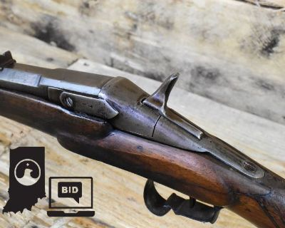 Ammo, Guns, Vintage Military Items in Indianapolis, IN 46107