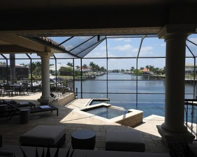 Luxury Pool/Spa Home, Boat Dock and Rental Available, Spectacular Water View - Pelican