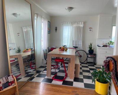 Mid Century Modern Vintage Apartment, Los Angeles, CA