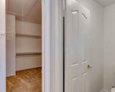 2170 Vizcaya Cir, Campbell, CA 95008 3 Bedroom Apartment