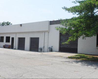 Brookside Industrial Centre   Building 8