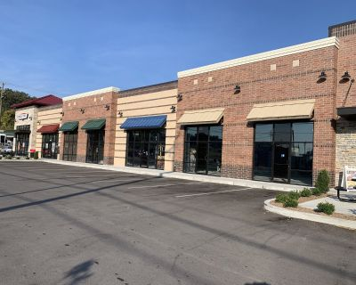Retail Space-For Lease-State Street New Albany