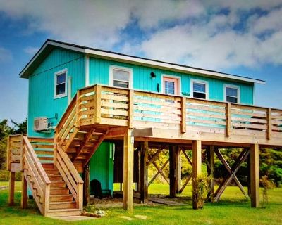 Salty SUMMER,,,,Steps from the Beach! Private cottage ,NEW A/C for 2021 - Salvo
