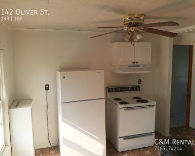 Available for rent 2 Bedroom Apartment in North Tonawanda Heat Included!!