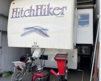 1998 NuWa Hitchhiker Premier Dual Axle