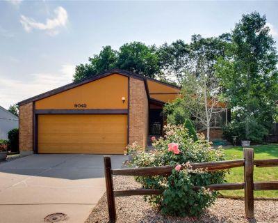 Fantastic Home in a Great Neighborhood! 3 bedroom and 2 bathrooms