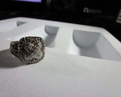 18KT WHITE GOLD LADIES CUSTOM CAST FASHION RING