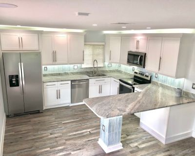 Quiet Executive Upgraded Home! Just Across Street From Beach NEW Pics TO Come! - Fort Myers Beach