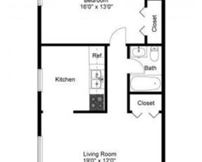 1 bedroom Apartment - Located in Clifton Heights, PA.
