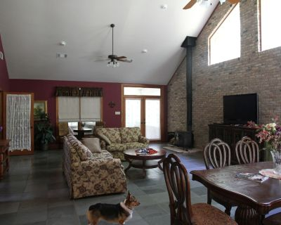 Deluxe Country Home - Tranquil Setting Shorter stays within 30 days of arrival - Hammond