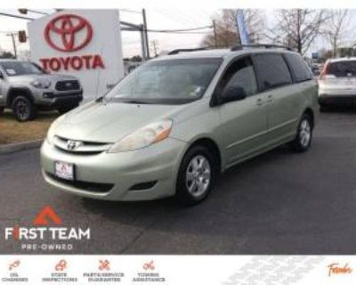2007 Toyota Sienna LE 7-Passenger FWD