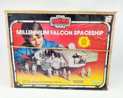 08.03.21 Auction: Star Wars, Collectibles, Furniture
