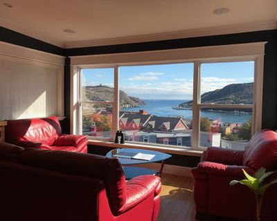 4 Bedroom 4 Bathroom Penthouse Suite with Amazing Harbour View & Outdoor HotTub - Downtown St. John's