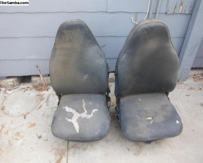 73- 79 vw bug front seats