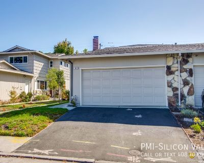 Upgraded Townhouse in Quiet Complex Close to Schools & All Amenities!