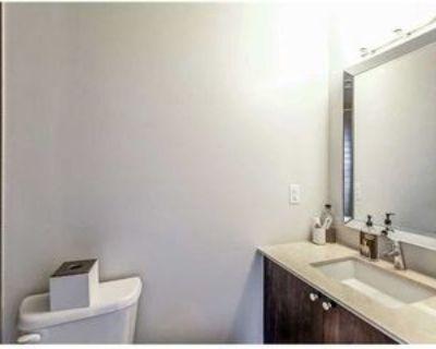 12 Woodstream Blvd, Vaughan, ON L4L 8C3 1 Bedroom Apartment