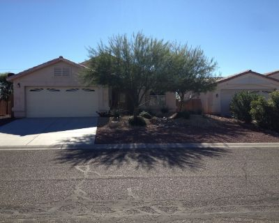 Beautiful Home Near River in Desert Lakes Golf Course Area - Fort Mohave