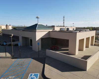 Multi-use building with excellent North I-25 Corridor location