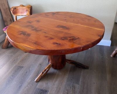 Rustic Unique Solid Wood Dining Table with 6 Chairs
