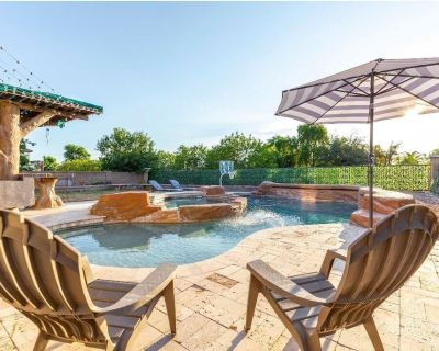 Beautiful 4 bedroom home with an amazing POOL! In the heart of Queen Creek, AZ - Montelena