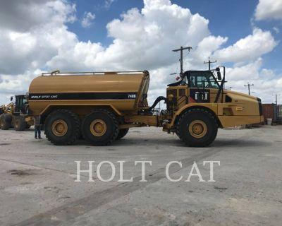 2014 CATERPILLAR 740B Water Trucks Truck