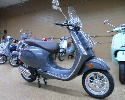 2021 Vespa Primavera 50 Touring Scooter Downers Grove, IL