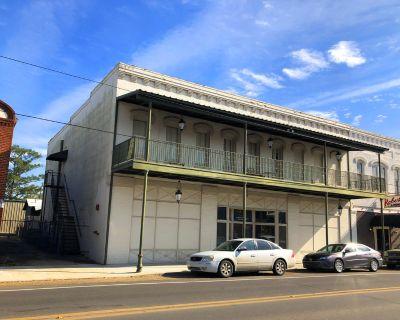215 S Main Street Saint Martinville, La 70582