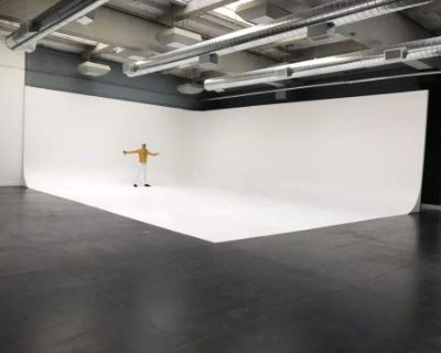 5000 sf speciouse large film, video and photo studio full scale, Los Angeles, CA
