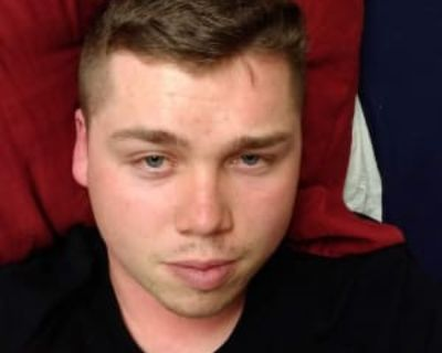Riley Williamson, 21 years, Male - Looking in: Chesapeake Chesapeake city VA