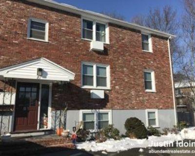 81 Hobart St #4, Danvers, MA 01923 2 Bedroom Apartment
