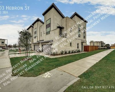 For Lease:  Luxurious Townhome in Irving, TX