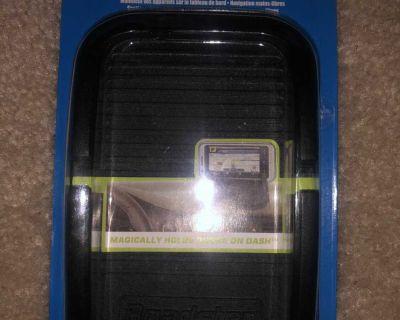 Roadster cell phone holder