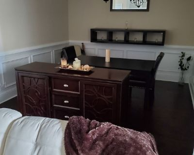 Great luxury space in sought after 'Gated Johns Creek townhome community'. - Johns Creek