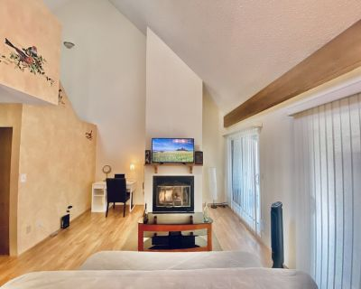 German Architect 2 floor Duplex House - 3 BR +2 Hall way. - Metrotown