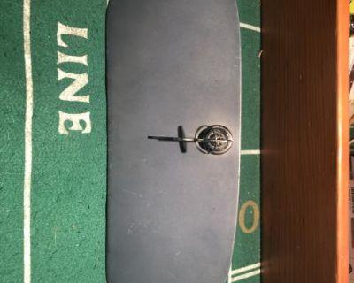 oval window locking glove box