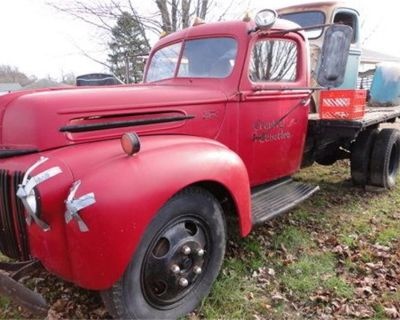 1946 Ford Flatbed Truck