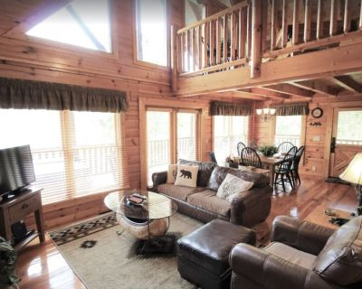GORGEOUS VIEWS of the SMOKIES ~ Centrally Located ~ Wifi ~ DreamBeds ~ Keurig - Pigeon Forge