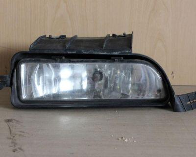 03 04 05 06 07 08 09 10 11 Lincoln Town Car Oem Foglight Fog Light Genuine R