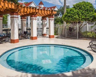 Two Bedroom Luxury Condo, Orlando, (1750904) - Orlando