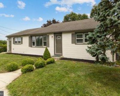 16 Pine Ave, Runnemede, NJ 08078 5 Bedroom House