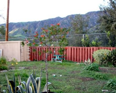 2 Rooms for rent in Cozy Sunland-Tujunga House