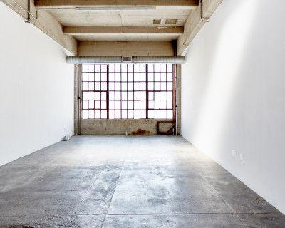DTLA Photo Studio - Beautiful Wall of North Facing Windows, Los Angeles, CA