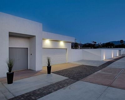 Modern Private 1/2 Acre Resort. Mountain Views. Walking Distance to El Paseo. - Palm Desert