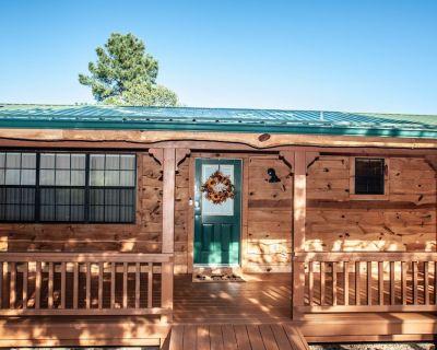 Cozy Cabin in the Pines 3.2 miles to Ruidoso Center - Ruidoso