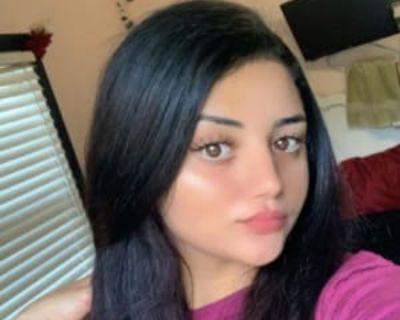 Sarah, 20 years, Female - Looking in: Fairfax Fairfax city VA